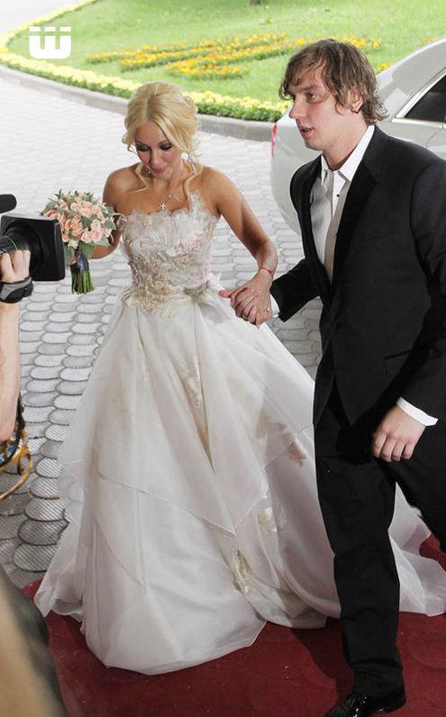 Какие 3 Платья У Леры Кудрявцевой На Свадьбе